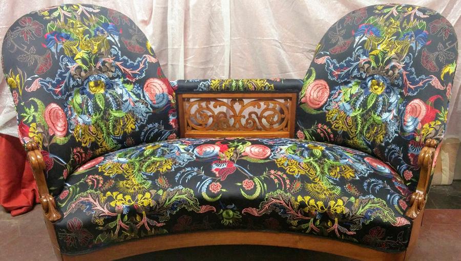Rifacimento totale divano classico