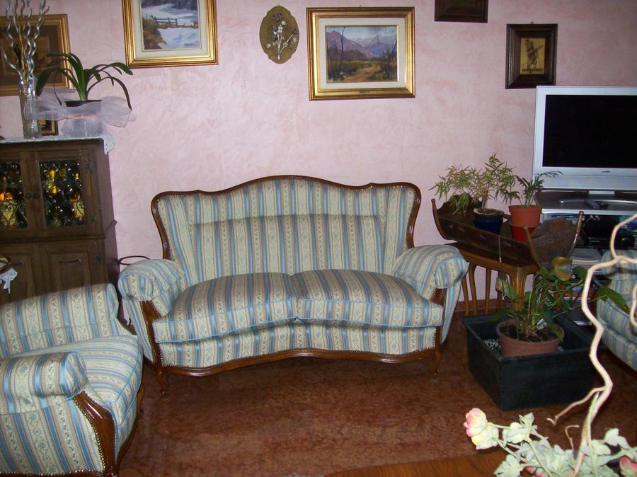 Rifacimento poltrone divani sedie Torino - Giuseppe Gennaro ...